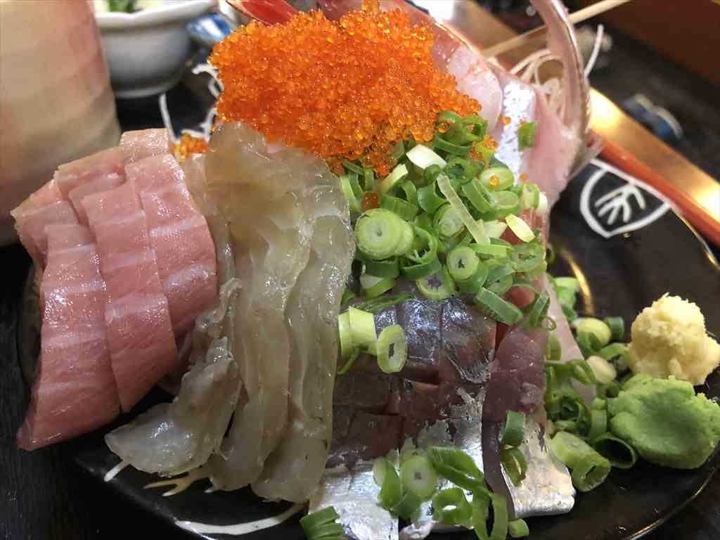 土肥温泉松原公園地魚料理しま長刺身定食の刺身
